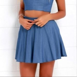 Lulus Chambray skirt with pockets